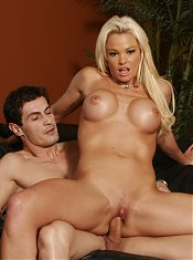 Intense hardcore action with beautiful MILF Rhylee riding a cock and taking a facial