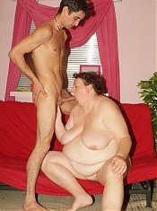 Horny mature plumper Agnes Eva stripping her clothes to lure a lucky dude into fucking her